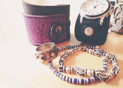 wonderwoman-cuffs-joanna